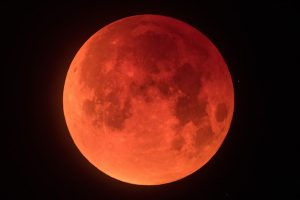 Extraordinary Images Of The Lunar Eclipse